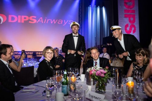 Fest med Dips og Raske menn.Foto: Veronika Stuksrud